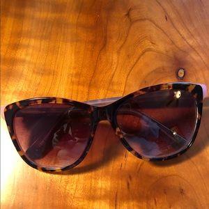 tortoise anthropologie sunglasses